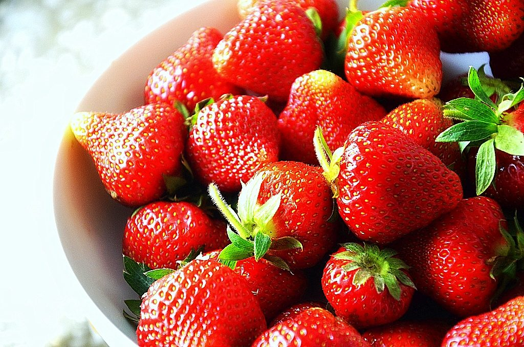 healing-benefits-strawberries