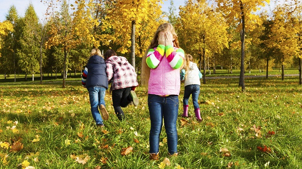 children-spend-time-outdoors